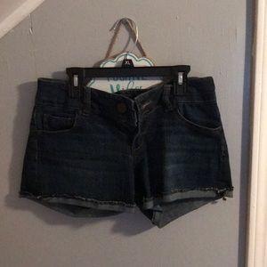 Denim shorts!! 😎